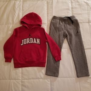 Jordan Jogging Pants & Hoodie Boys Size 6
